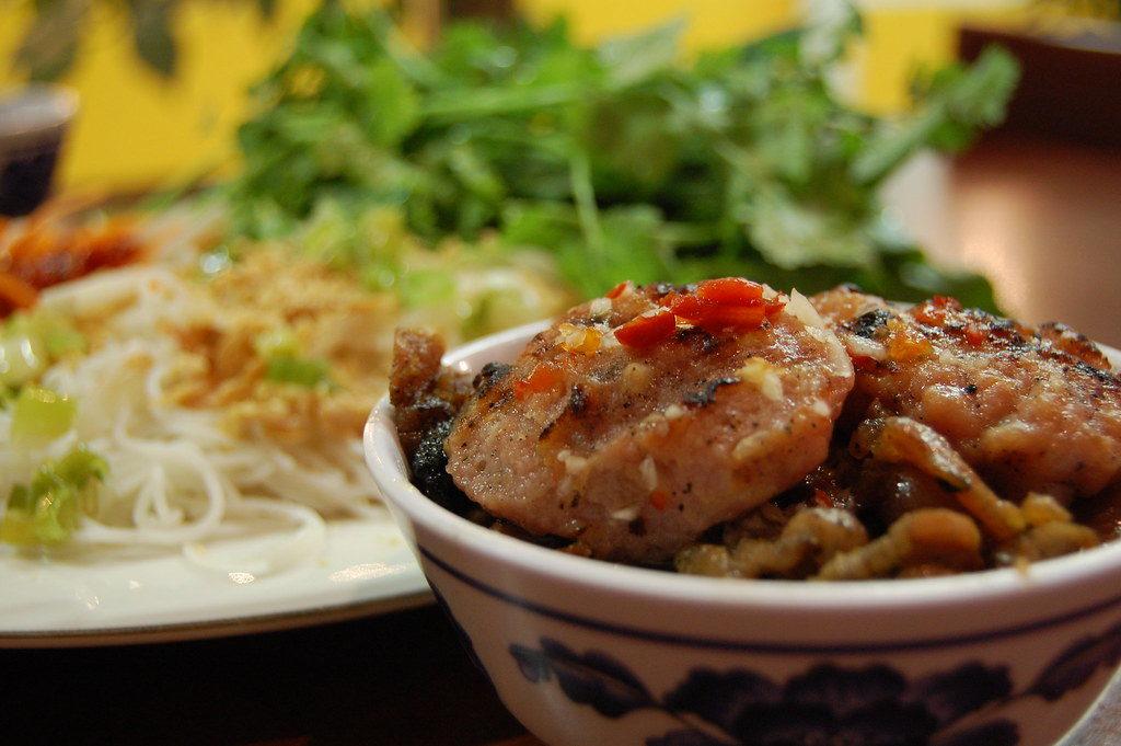 A dish of Vietnamese Bún chả