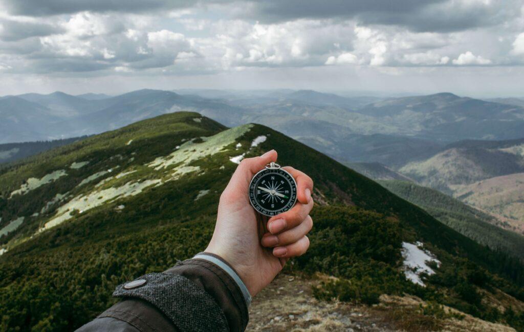 travel compas