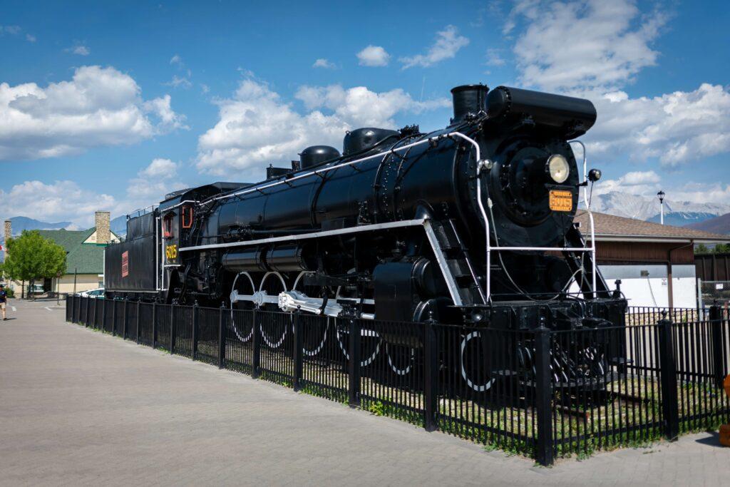 Canadian Rockies train